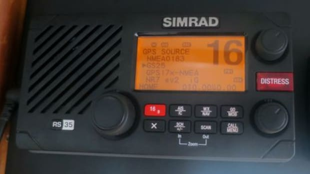 Simrad_RS35_testing_GPS_source_cPanb_o-thumb-465xauto-9754