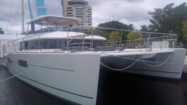 Lagoon 630 Dock