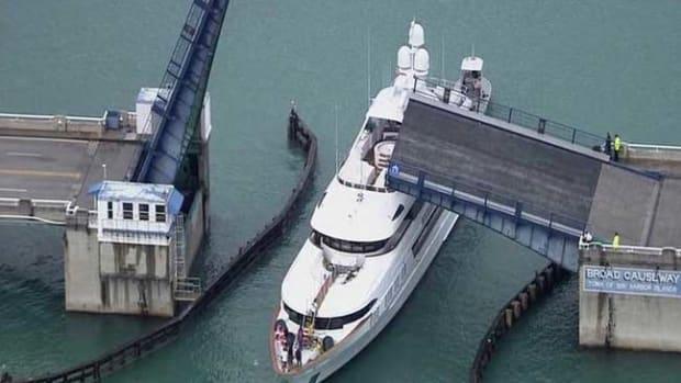 bridge-crash1