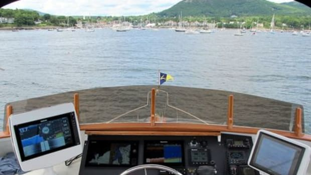 Gizmo_flybridge_sonar_testing_8-14_cPanbo-thumb-465xauto-9890