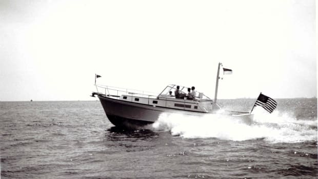 Grandbanks Fisher 12