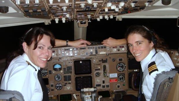 Captain Leslie Watton FL400 Vegas to Vancouver