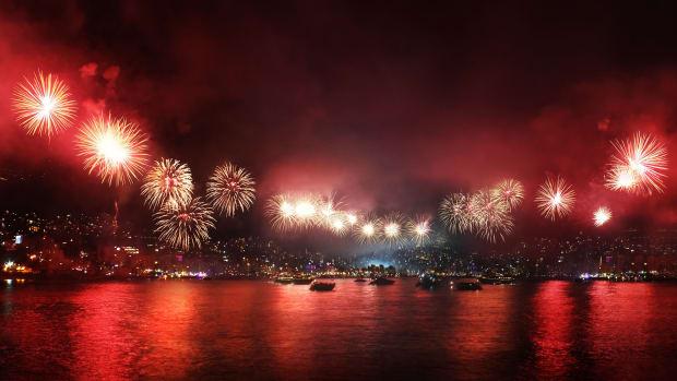 Fireworks Opener 2 BoatUS