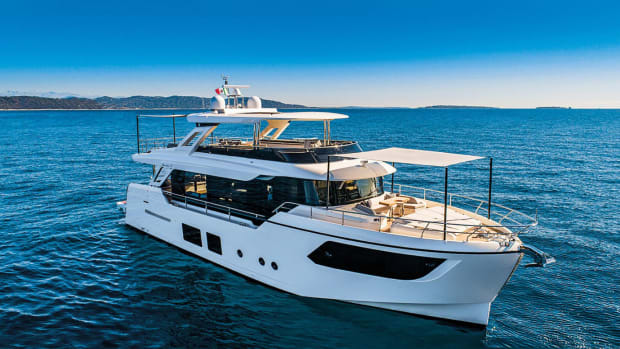 Absolute-Yachts-Navetta-Long-Distance-Cruising