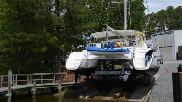 Catamaran haul