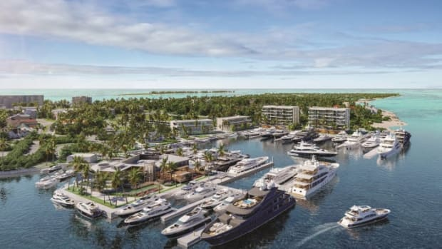 1-bahamas--hurricane-hole-superyacht-marina-aerial