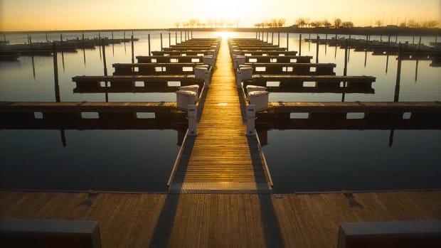 empty-docks-frank-datzer