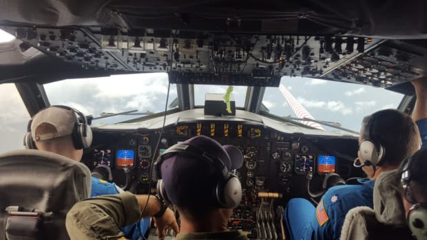 The flight deck of NOAA Lockheed WP-3D Orion N42RF during a 08242017 flight into Hurricane Harvey_300_NOAA photo by LT Kevin Doreumus