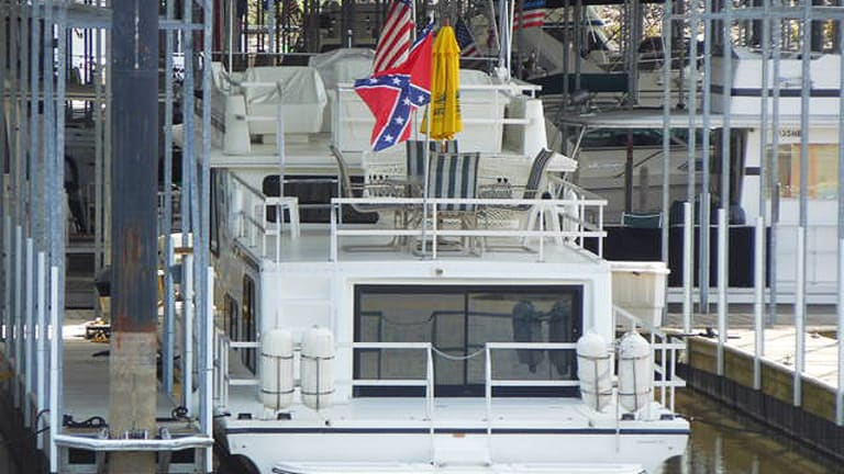 Confederate Flags an Issue at Illinois Marina