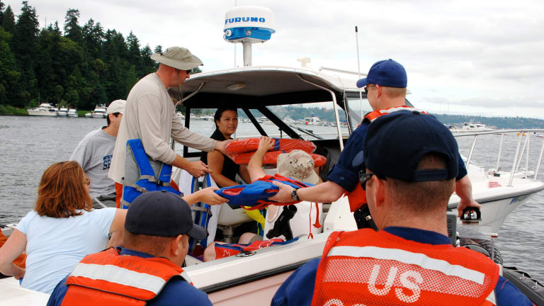 US Coast Guard Urges Safe Boating Over Labor Day Weekend