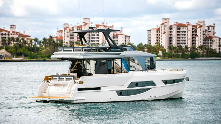 Glass Living: The New Okean 50