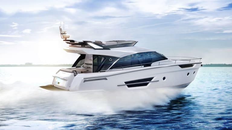 Greenline Debuts Hybrid Flybridge Yacht