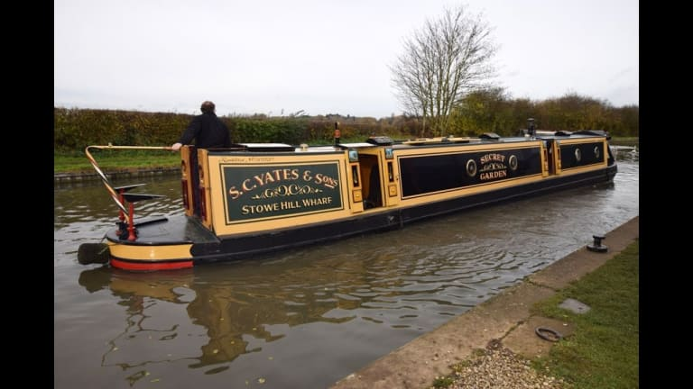 Fascinating: Take a 'Narrowboat' Tour (Video)