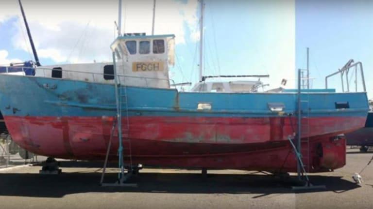 Imaginative Aussie Couple Documents Fish Boat Conversion on Video