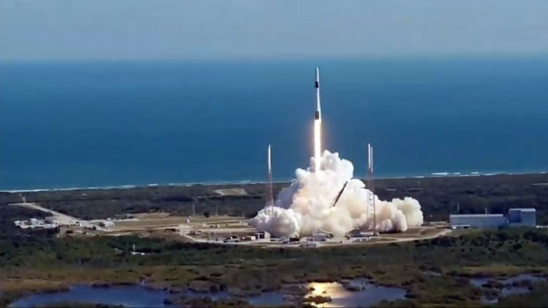 SpaceX Launches With a New AIS Marker System Keeping Boats Away