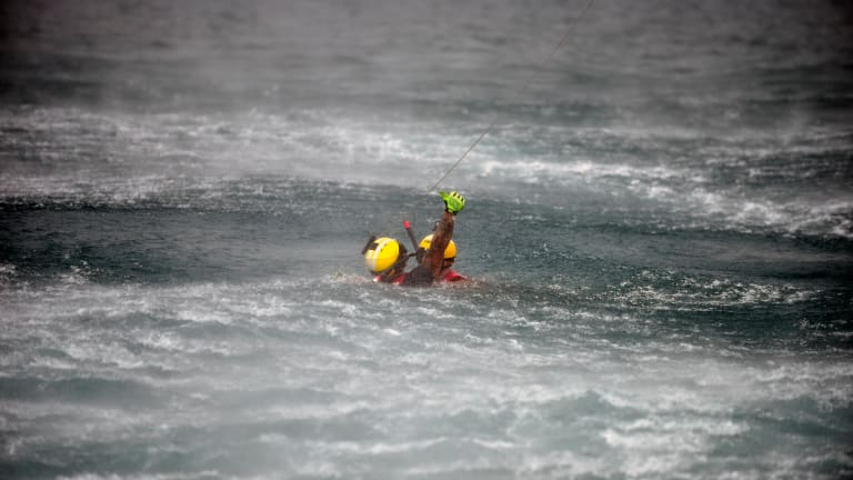 Visual Signals Are Key For A Rescue At Sea