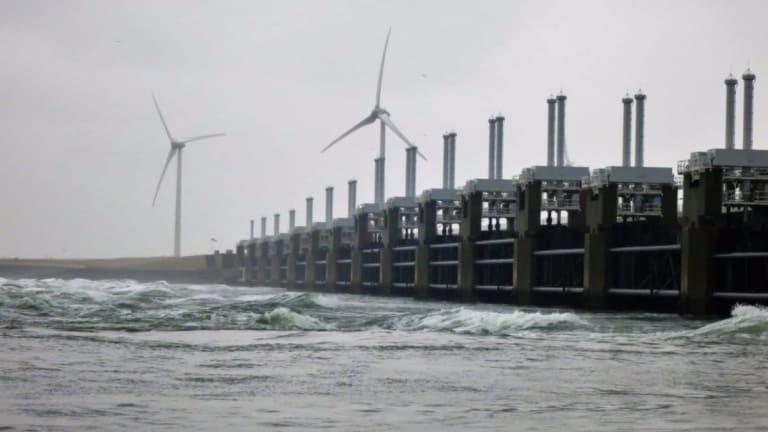 $119 Billion Seawall Sparks Debate In The Big Apple