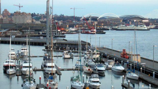 Bell_Harbor_Marina,_Seattle,_Washington