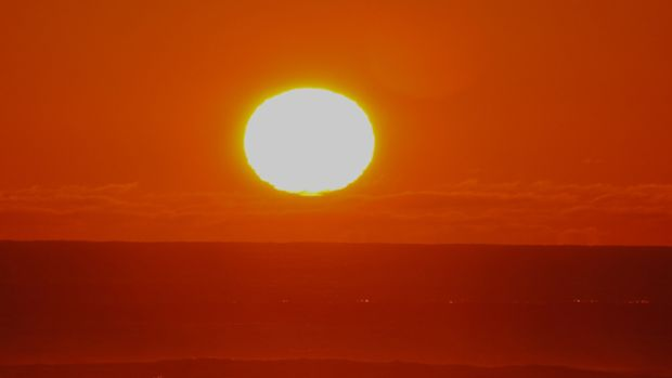 The big sun. This cropped image shows the size of the sun five minutes before sunset.