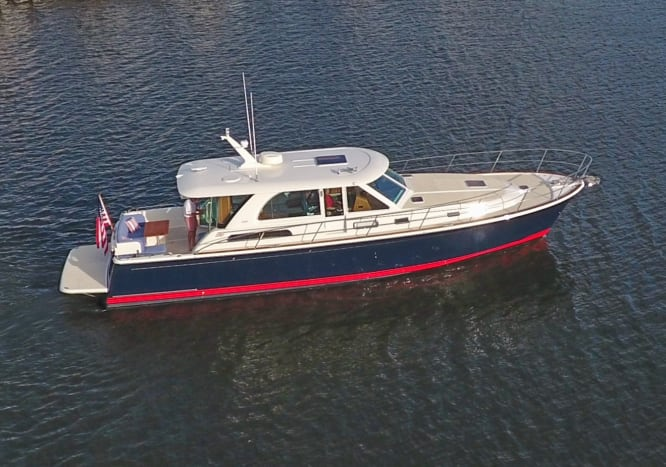 The sleek Sabre 45 Salon Express has the great traditional lines of the lobster boats that inspired this Downeast cruiser.
