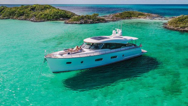 Belize-66-Sedan-Anchored-02