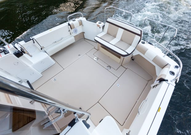Sea Trial of the Cutwater 30 Command Bridge by PassageMaker