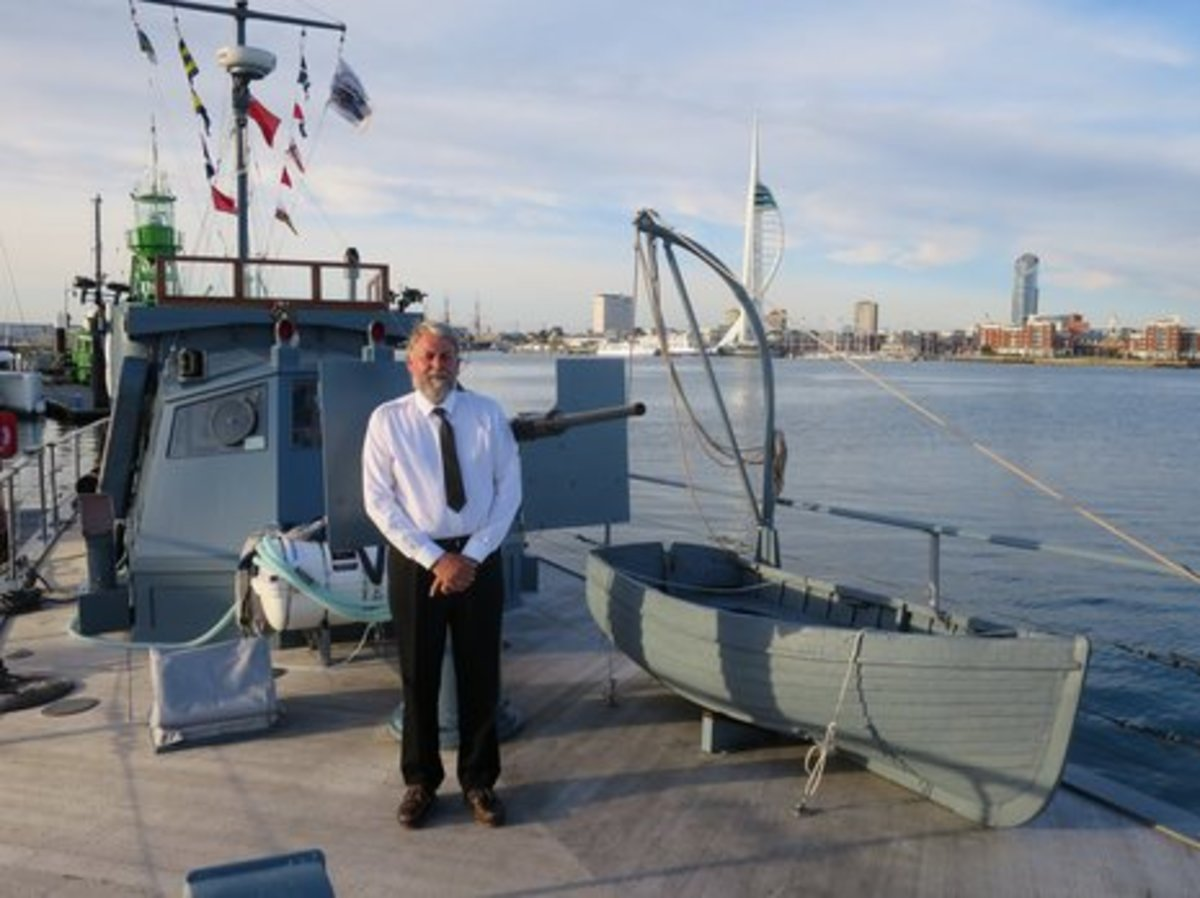 Alan_Watson_on board_HMS_Medusa-thumb-465xauto-9525