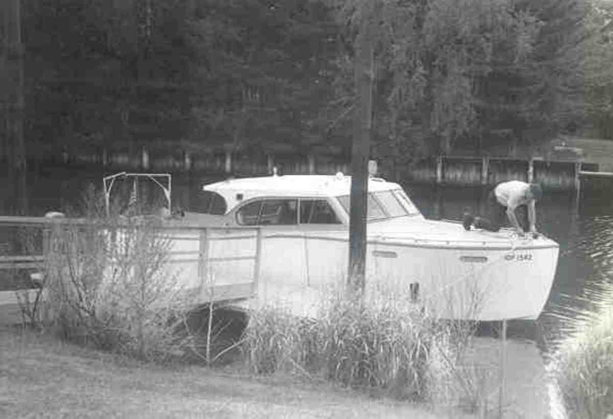 Folly II at the dock in Rumson, NJ.