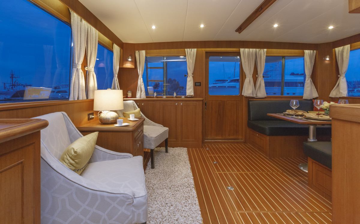 The saloon feels open and spacious thanks to large windows all around.