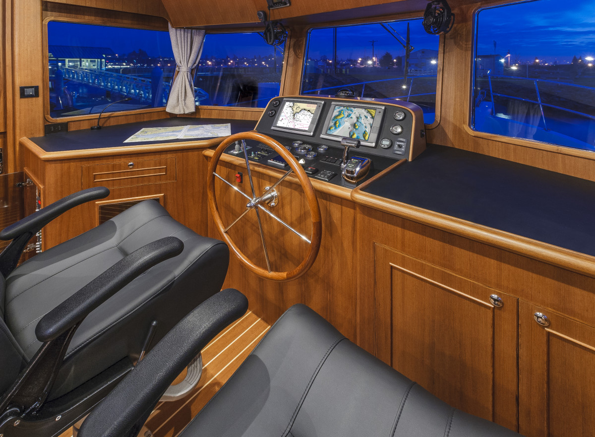Sightlines from the helm are ideal for captaining from the lower helm.