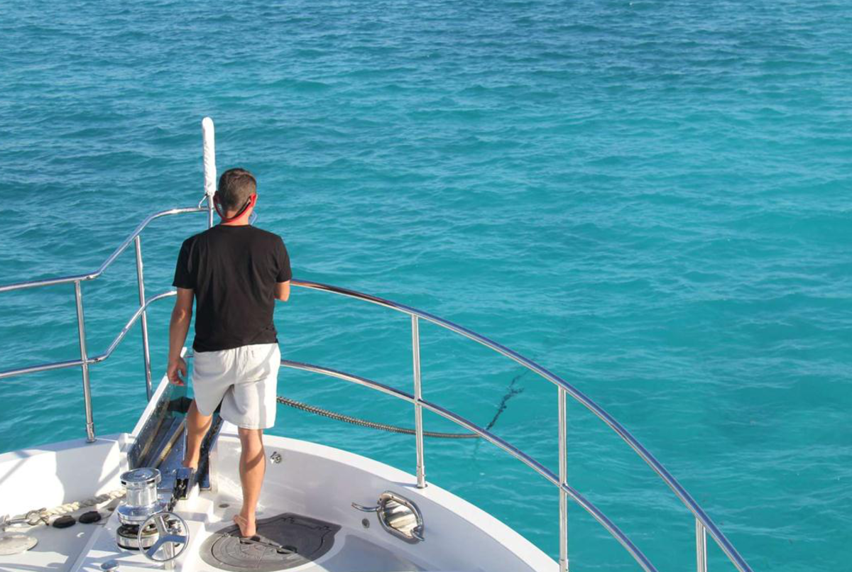 Anchoring in the pristine waters off of Georgetown. The Bahamas are home to some of the clearest bluewaters around.
