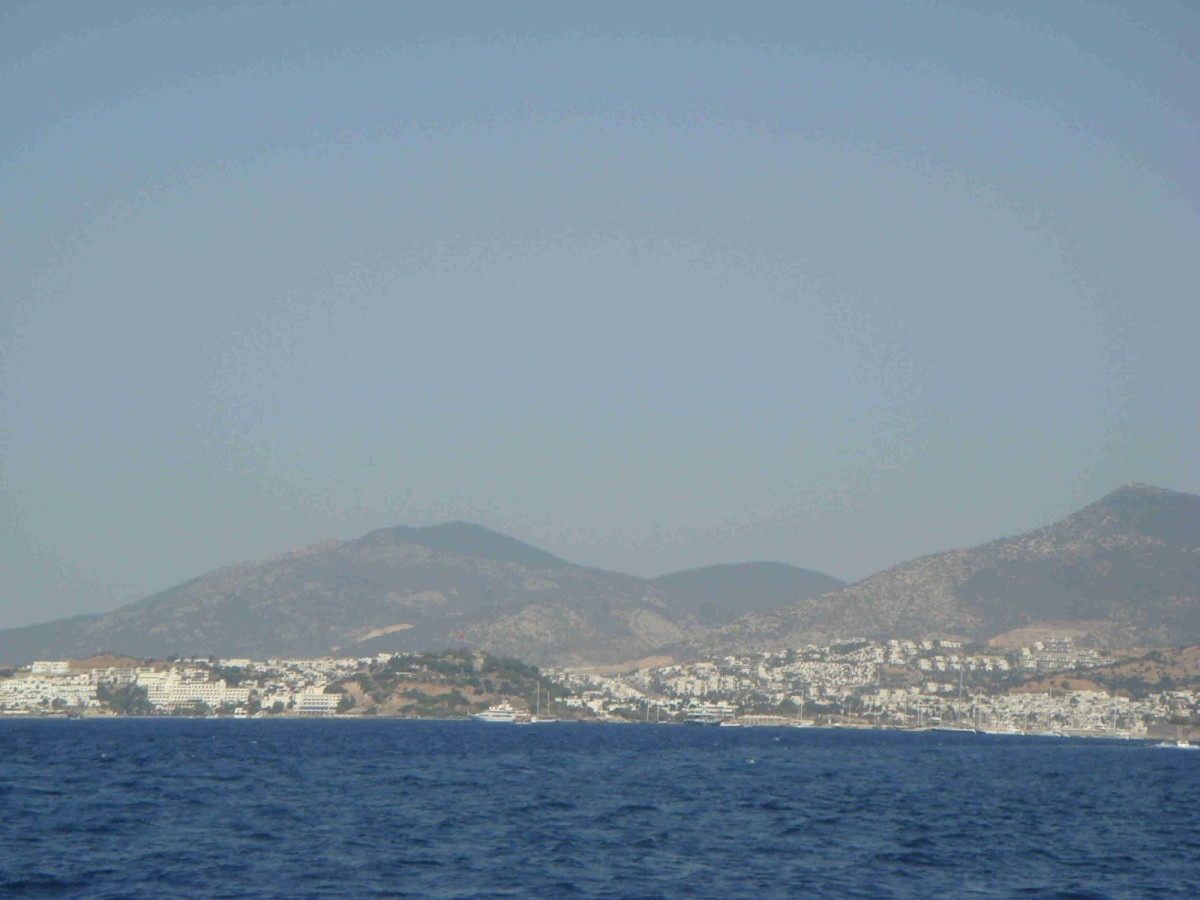 The approach to Bodrum.
