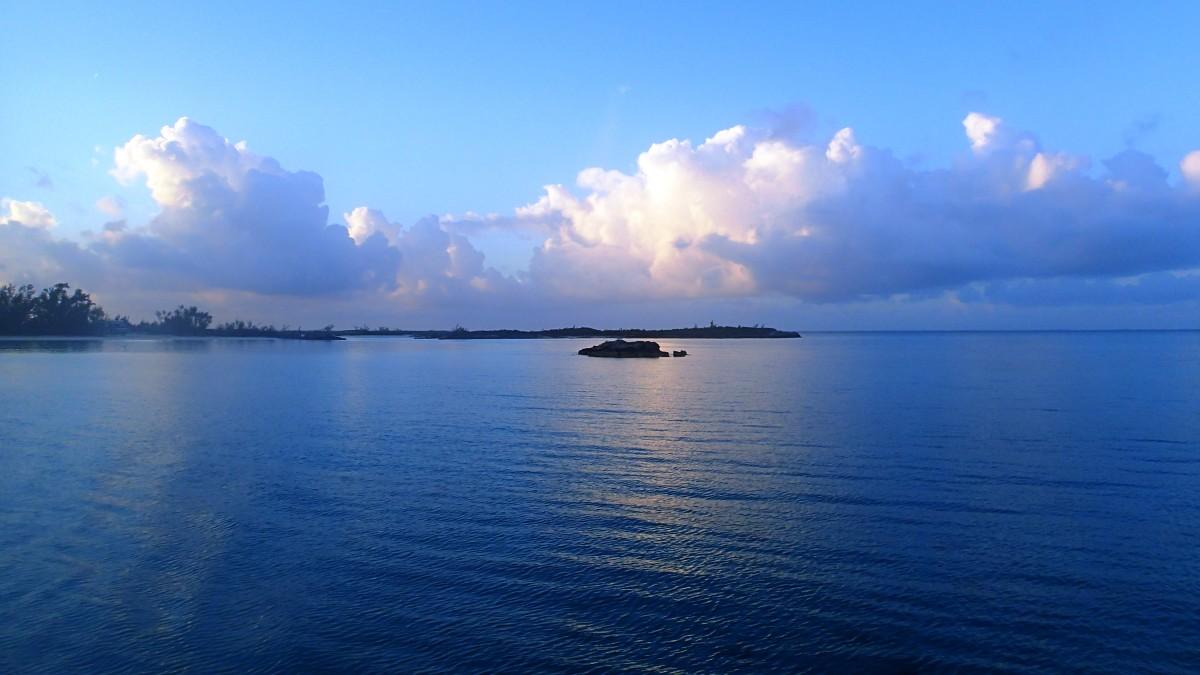 The sunrise at Fernanadez Bay.