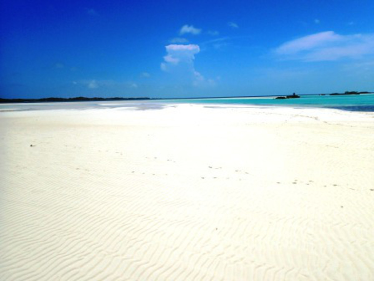 The white sand beaches of Double Breasted Cay.