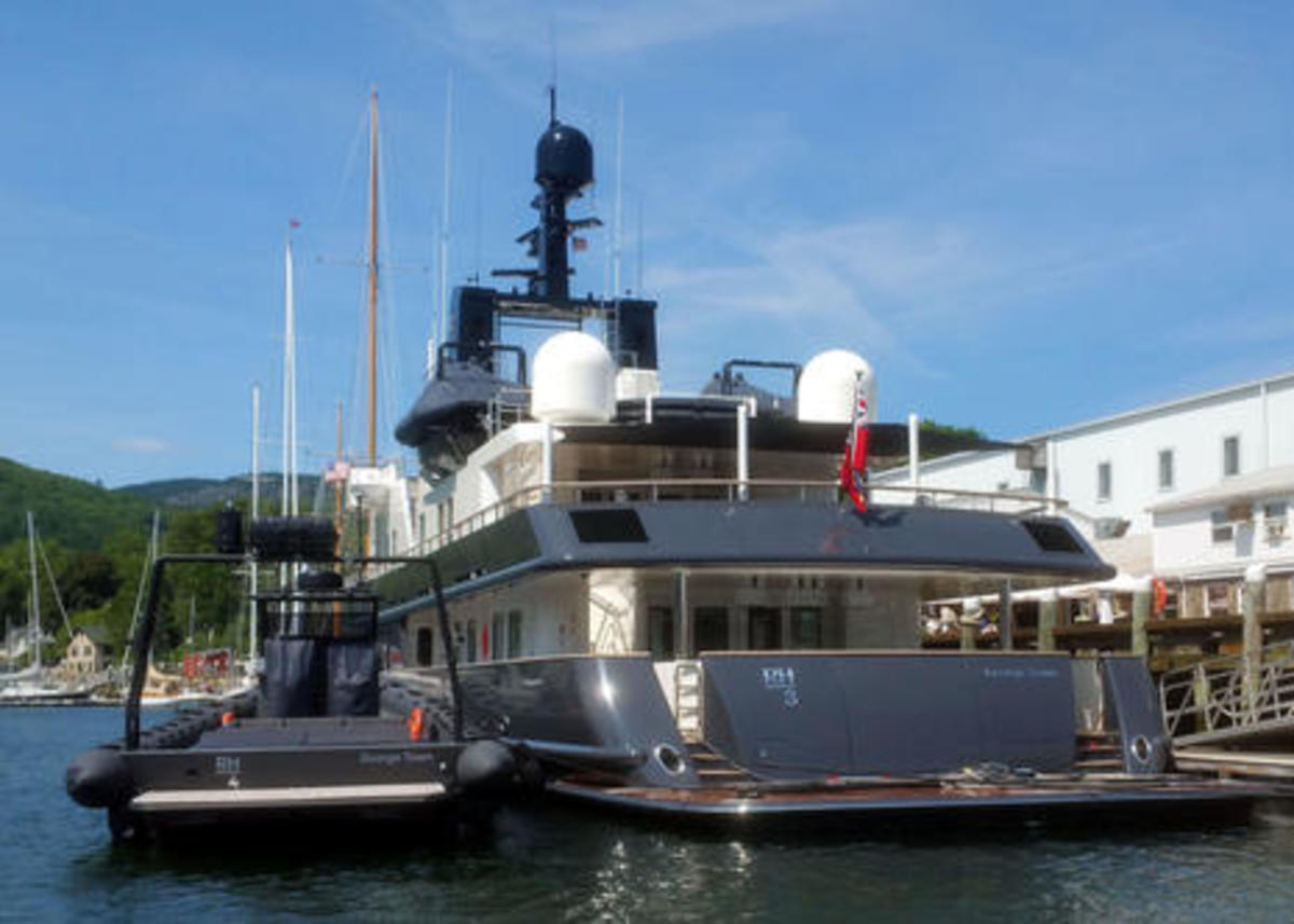 yachts_RH3_and_RH4_special_opps_style_lr_cPanbo-thumb-465xauto-13904