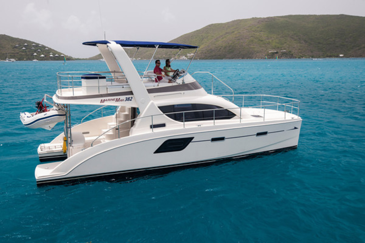 The MarineMax 382 is designed for warm-region cruising, with its large, comfortable flybridge and a galley/saloon that opens up to incorporate the cockpit for socializing.