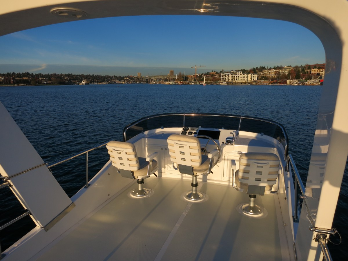 Flybridge of the Helmsman Trawlers 31 Sedan.