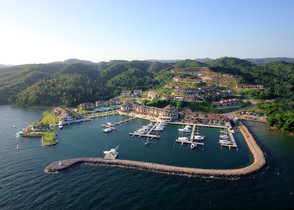 The first upscale marina in Samana in the Dominican Republic is Puerto Bahia, a secure and comfortable place to wait for weather to cross to Puerto Rico.