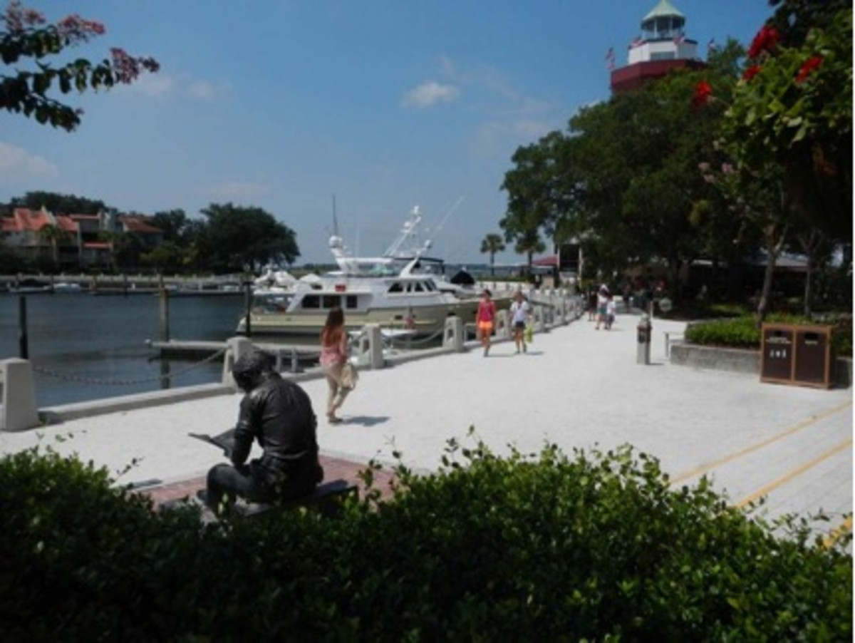 The Harbour Town Yacht Basin in Sea Pines Plantation on Hilton Head Island is circular in layout, and is partially surrounded with shops and restaurants.