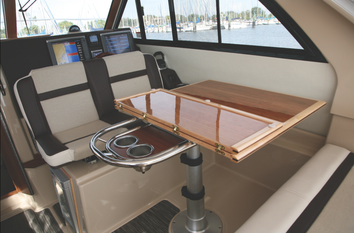 This view of the starboard settee shows only one variation of four different combinations of accommodations within this space.