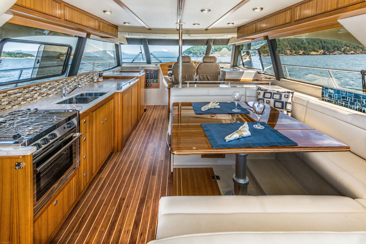 It is striking the number of creature comforts Aspen is able to fit into a boat of this size, all without compromising living space.