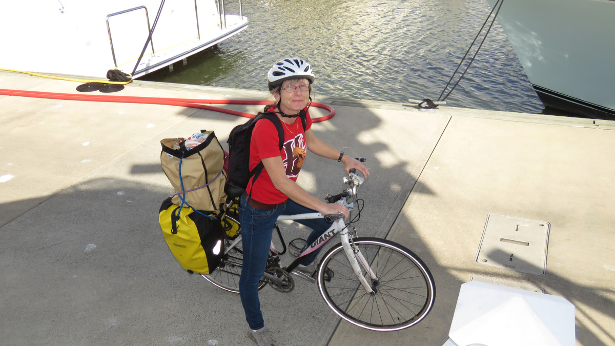 Our Giant FCR-2 bicycles have been invaluable for living without a car. With rear cargo racks installed, the bikes can carry a huge amount. Here Jennifer is returning from a grocery shopping trip with a pair of Ortlieb rear-rack waterproof panniers stuffed full.