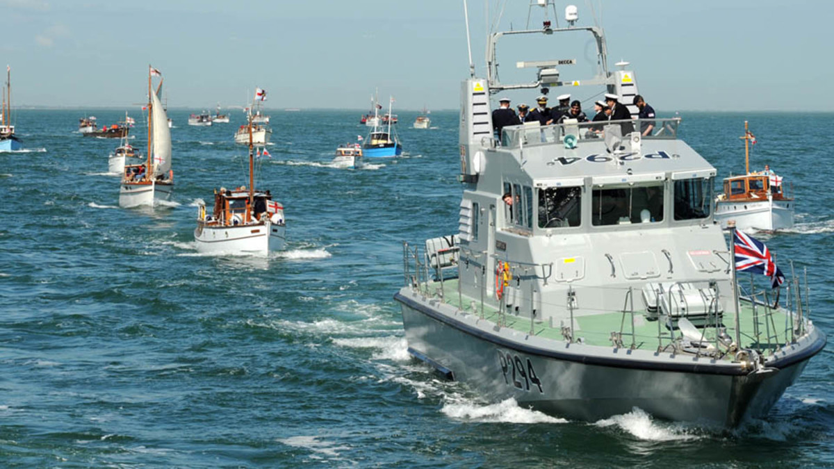 The Story Of The Dunkirk Little Ships How 700 Yachts And Fishing Vessels Saved Britain