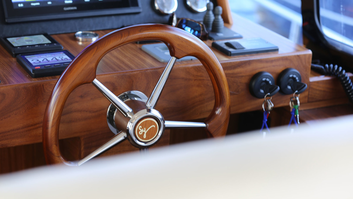 The entire Minorca line shows the skilled craftsmanship in places like this sleek wheel.