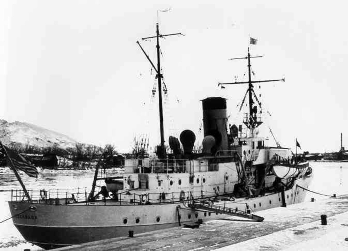 The USS Escanaba, CG, tied up to her dock in Grand Haven, MI, some time before the US entered World War II.