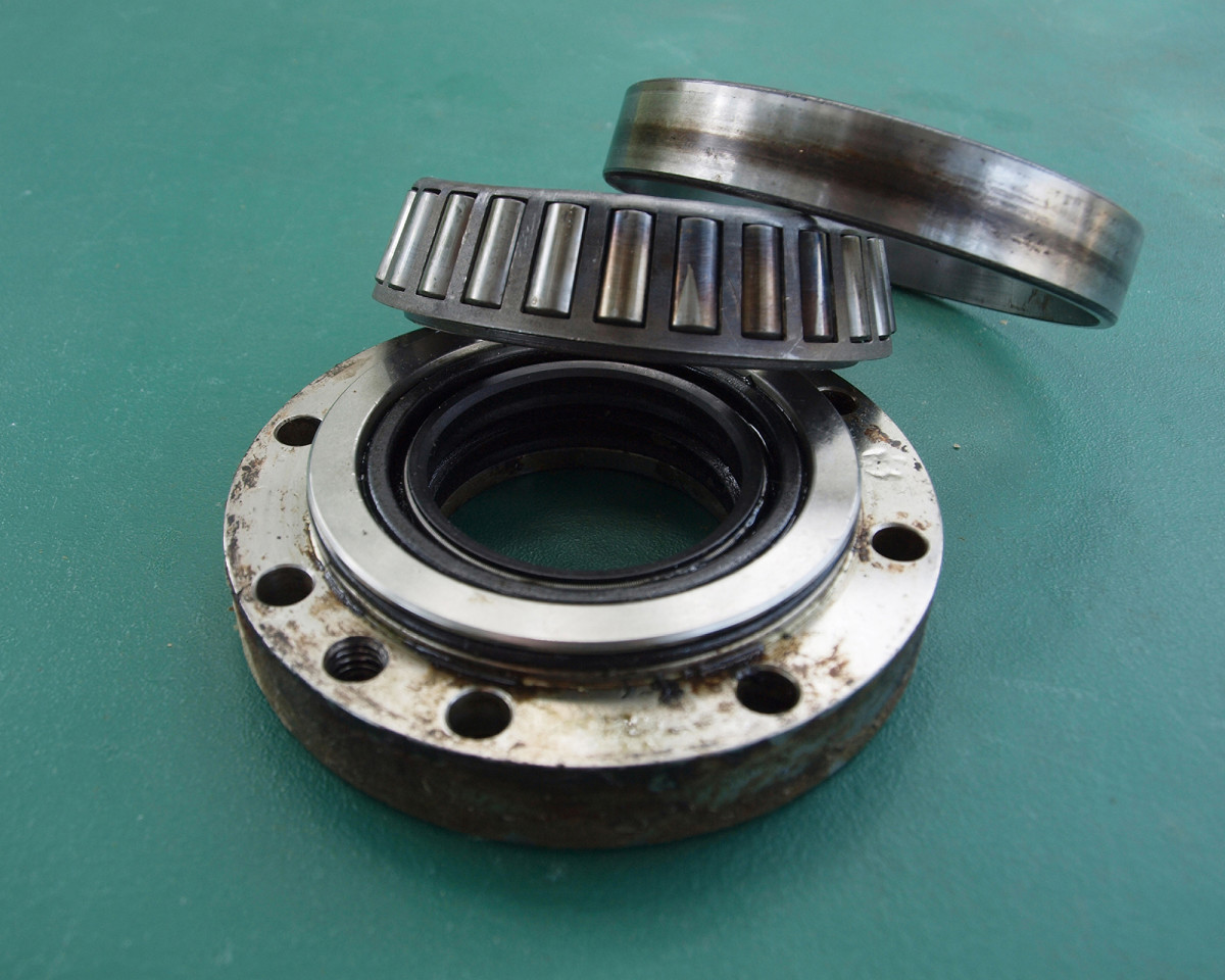 Close-up view of the outer hull-to-fin shaft seal and inner bearings. Each manufacturer has a specified replacement interval.
