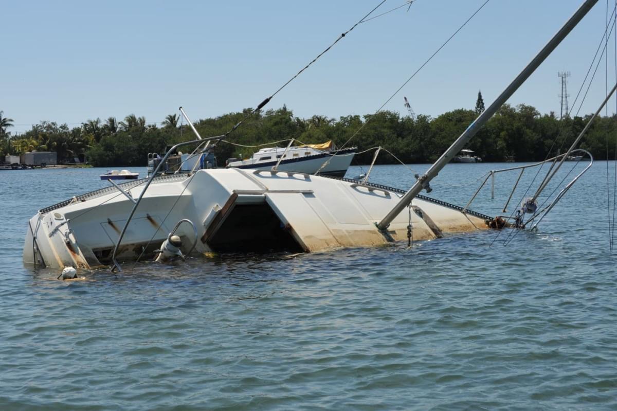 derelictboatstory