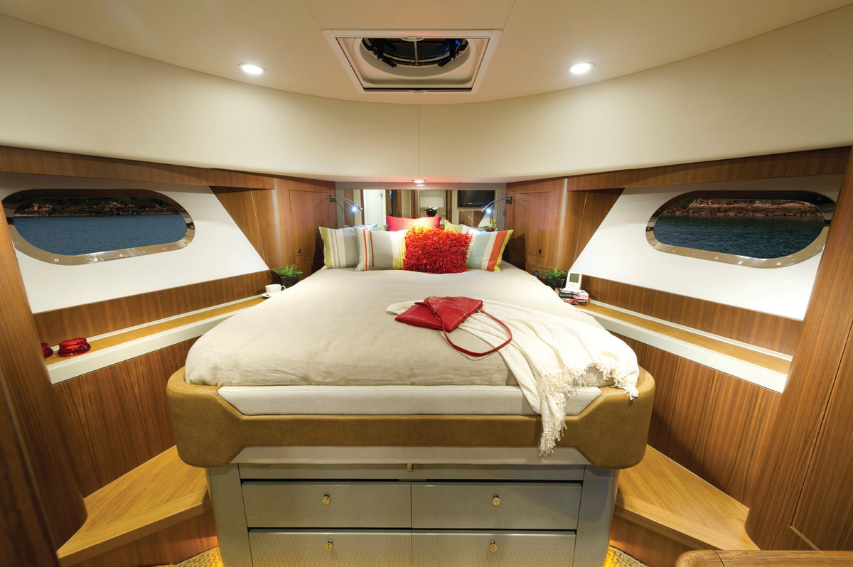 The forward VIP berth has impressive headroom of nearly 7 feet.