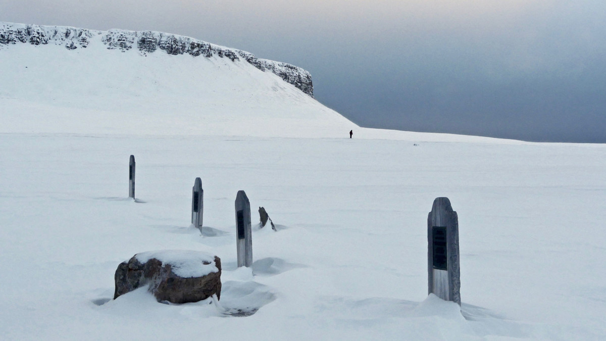 Four lonely gravemarkers. Three of sailors from the ill-fated Franklin Expedition and one marking the final resting spot of a sailor from HMS Investigator who reached this spot from the Pacific Ocean