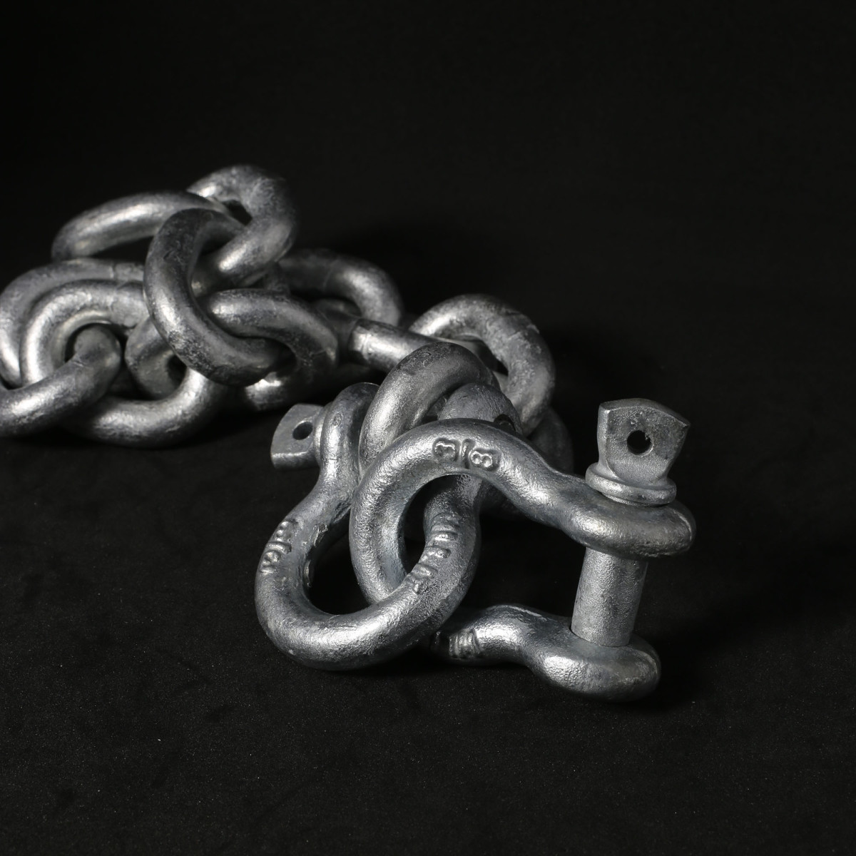 Shackles should be matched to their chain rode, both in material and size.